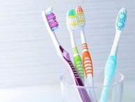 Đừng vứt đi chiếc bàn chải đánh răng đã cũ, để lại làm công cụ vệ sinh tuyệt vời chỉ với mẹo hữu ích này