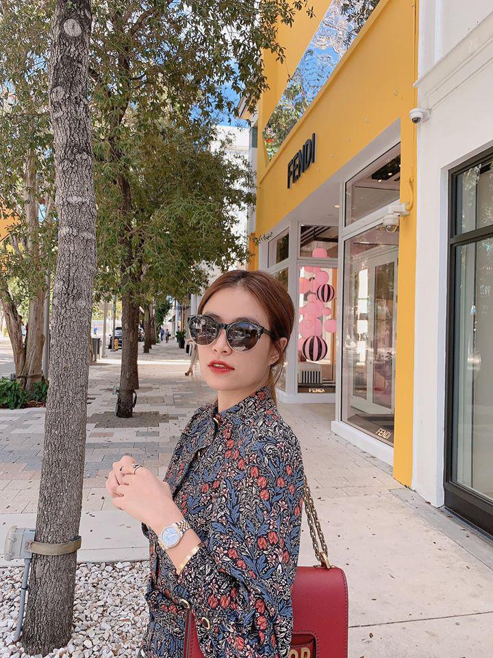 Hoàng Thùy Linh khoe street style nhưng dân tình chỉ chú ý vào chiếc kính râm thấp thoáng bóng hình Gil Lê-3