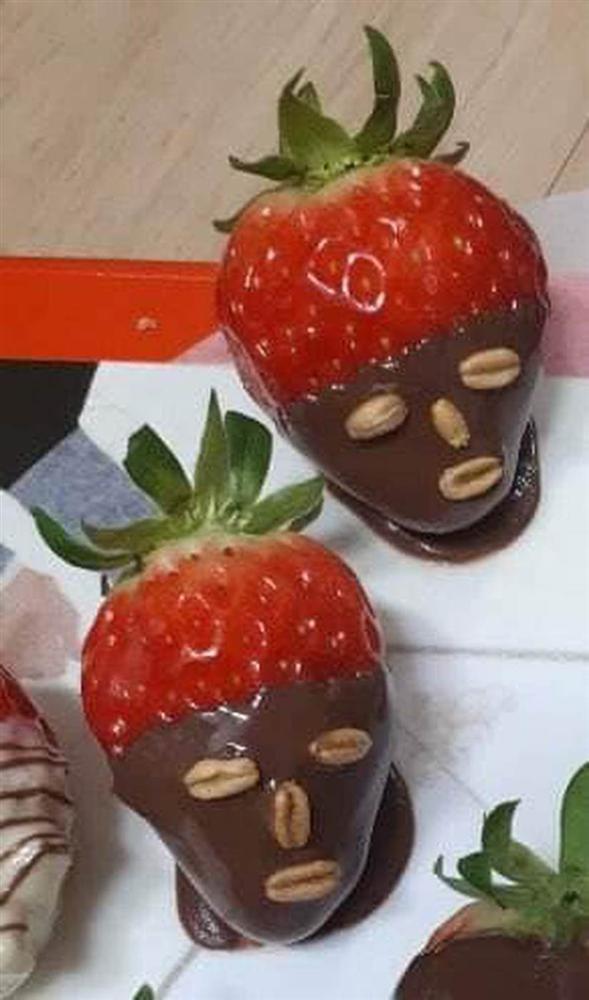 Dâu tây đắp mask chocolate phiên bản sai trái mùa Valentine: Shop nào bán cái này đề nghị có tâm chút, không thì lứa đôi chia lìa!-1