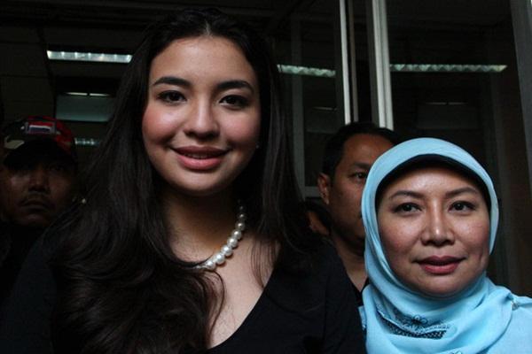 Cuộc chạy trốn của nàng dâu hoàng gia Malaysia: Hé lộ cuộc sống ngục tù nơi cung cấm, chứa đầy máu và nước mắt với người chồng bệnh hoạn-4