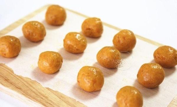 Rằm tháng Riêng làm ngay loại bánh nếp bắt mắt này cho mâm cỗ cúng thêm hoàn hảo-10