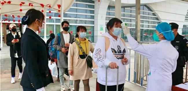 Tâm sự của người con Vũ Hán vô tình rời đi trước khi dịch bùng phát: Dù quê hương có tệ đến đâu thì vẫn muốn ở bên cạnh gia đình mình-4
