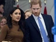 Dự sự kiện đầu tiên sau khi rời Hoàng gia Anh, vợ chồng Meghan tiết lộ chuyện 'thâm cung bí sử' và bỏ túi ngay hàng chục tỷ đồng