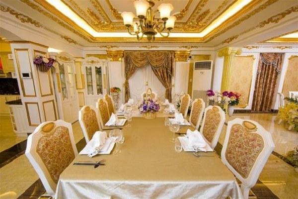 Biệt thự dát vàng xa xỉ giá hàng trăm tỷ của sao Việt-5