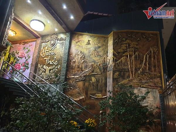 Biệt thự dát vàng xa xỉ giá hàng trăm tỷ của sao Việt-19