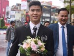 Con trai cưng của cầu thủ Văn Quyết từ lúc xuất hiện cứ liên tục làm duyên trong lễ cưới của dì Quỳnh Anh và chú Duy Mạnh-11