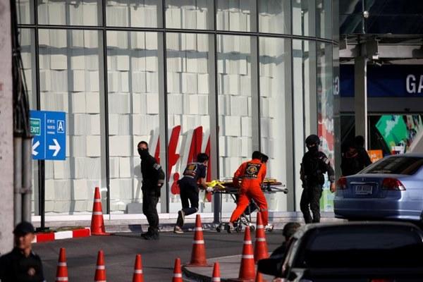Đặc nhiệm Thái hạ gục tay súng điên bắn chết 25 người-2