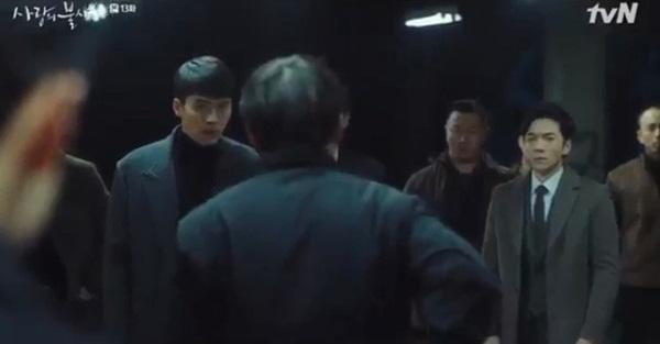 Crash Landing On You tập 13: Son Ye Jin bị bắn khiến Hyun Bin òa khóc nức nở, một cái kết bi thương dành cho đôi trẻ?-8