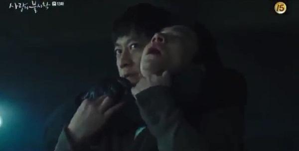 Crash Landing On You tập 13: Son Ye Jin bị bắn khiến Hyun Bin òa khóc nức nở, một cái kết bi thương dành cho đôi trẻ?-9