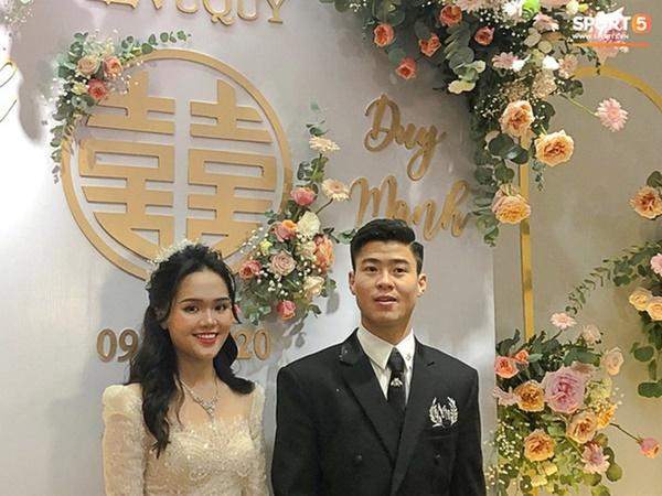 Sau pha makeup lỗi trong đám hỏi, Quỳnh Anh đã lấy lại phong độ, họa mặt xinh tươi chuẩn công chúa rồi!-4