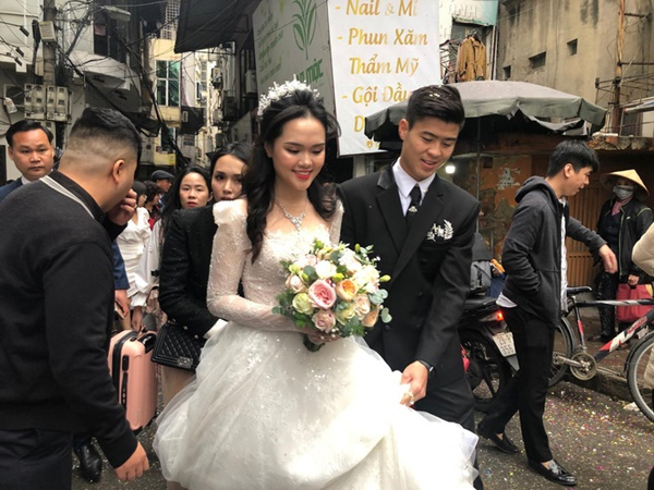Sau pha makeup lỗi trong đám hỏi, Quỳnh Anh đã lấy lại phong độ, họa mặt xinh tươi chuẩn công chúa rồi!-6