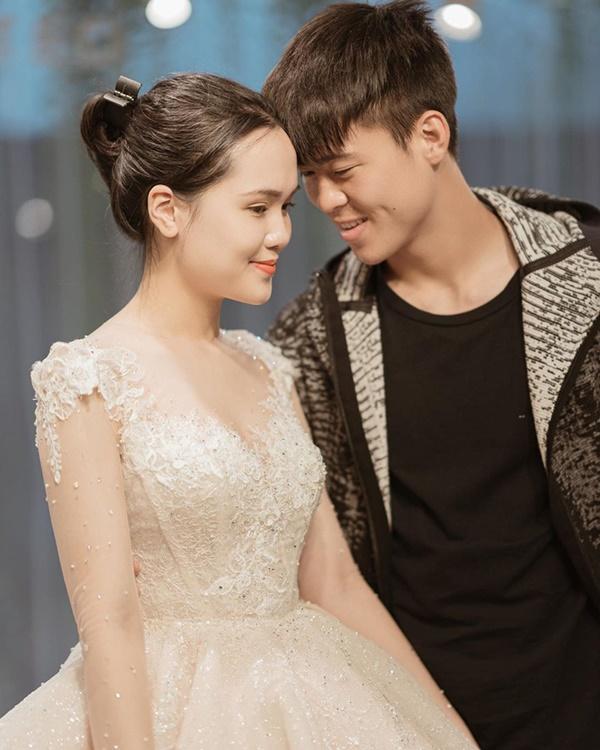 Sau pha makeup lỗi trong đám hỏi, Quỳnh Anh đã lấy lại phong độ, họa mặt xinh tươi chuẩn công chúa rồi!-8