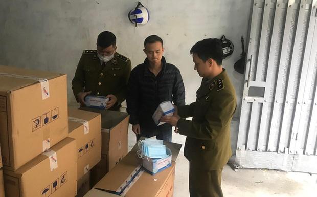 Hà Nội: Phát hiện người Trung Quốc mua gom số lượng lớn khẩu trang tập kết tại biệt thự-1