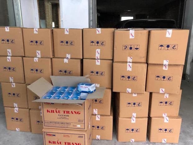 Hà Nội: Phát hiện người Trung Quốc mua gom số lượng lớn khẩu trang tập kết tại biệt thự-2