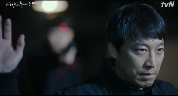 Hyun Bin bị thập diện mai phục, Crash Landing on You tập 14 hùng hổ leo thẳng top tìm kiếm vì đoạn kết quá căng!-5