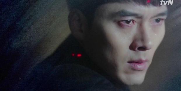 Hyun Bin bị thập diện mai phục, Crash Landing on You tập 14 hùng hổ leo thẳng top tìm kiếm vì đoạn kết quá căng!-6