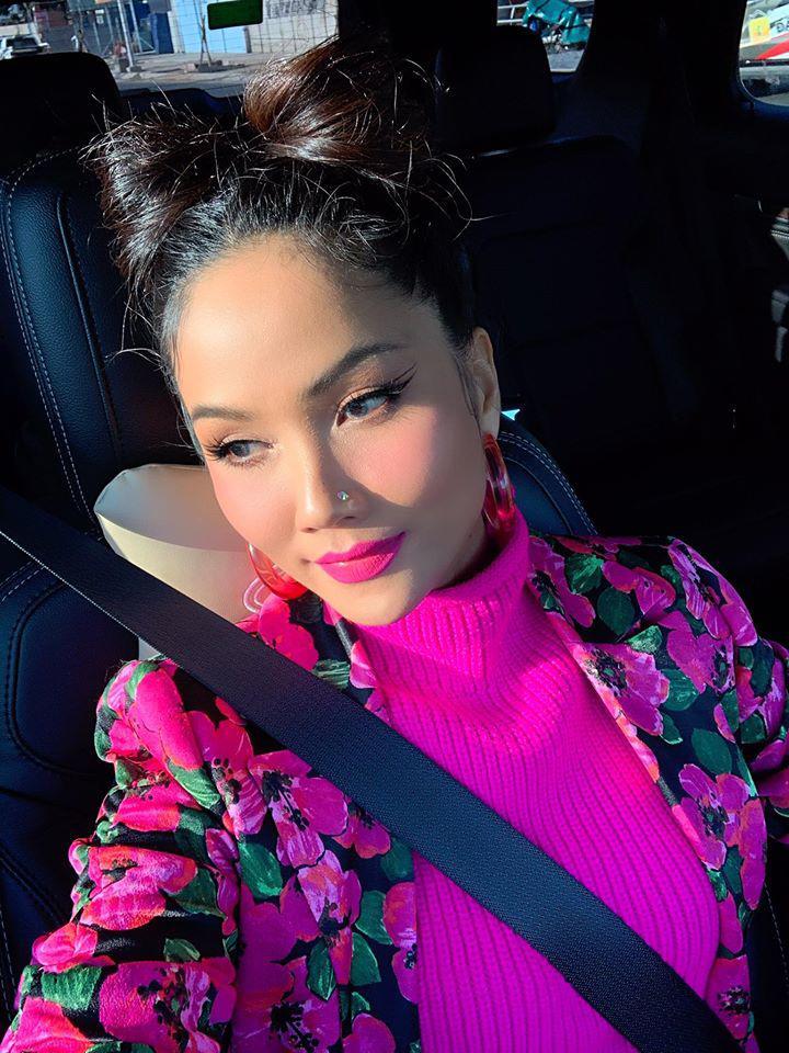 Trang phục đinh của sao Việt: Ngọc Trinh mê áo cúp ngực, U40 Lệ Quyên có sở thích táo bạo-13