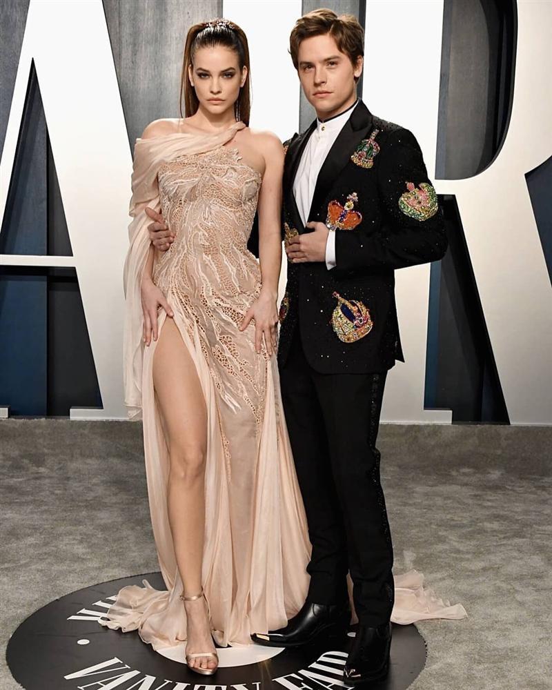 Tiệc hậu Oscar: Các sao lên đồ xuất sắc hơn hẳn sự kiện chính, hot nhất là Kylie Jenner với bộ váy bó đến độ... không ngồi được-2