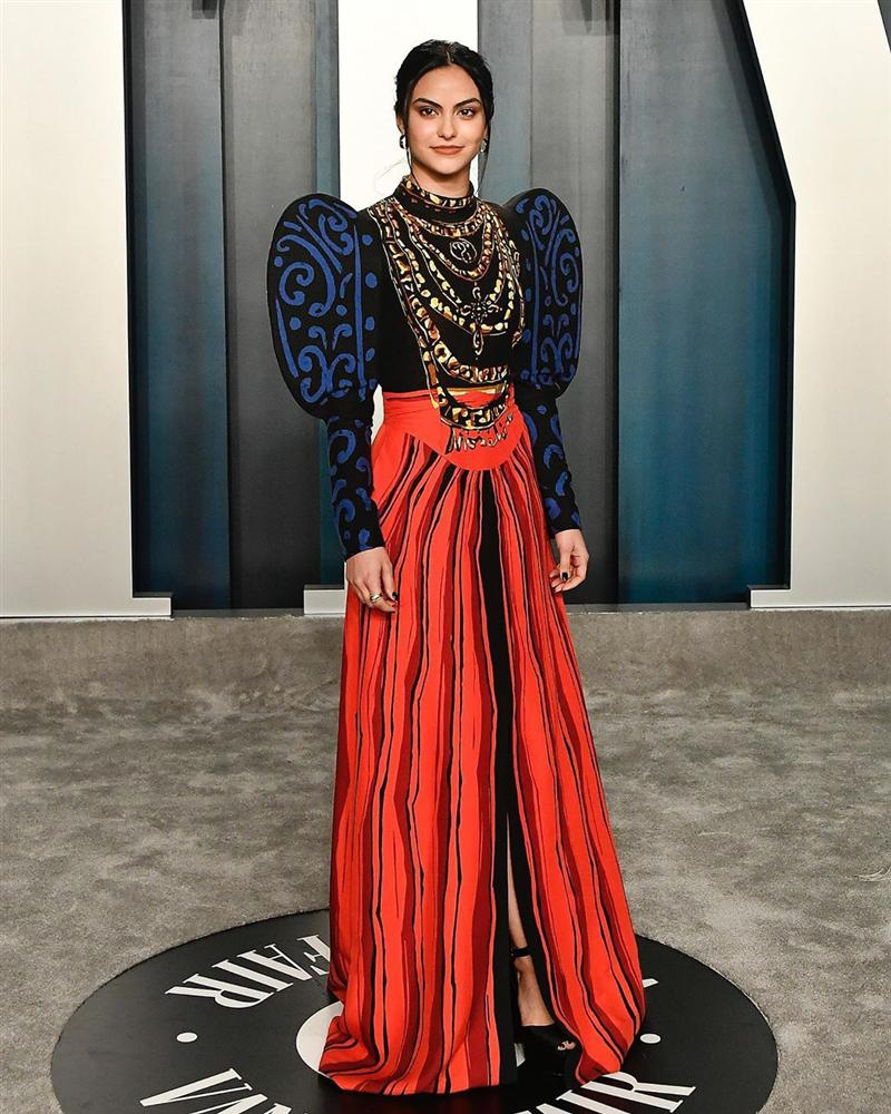Tiệc hậu Oscar: Các sao lên đồ xuất sắc hơn hẳn sự kiện chính, hot nhất là Kylie Jenner với bộ váy bó đến độ... không ngồi được-12