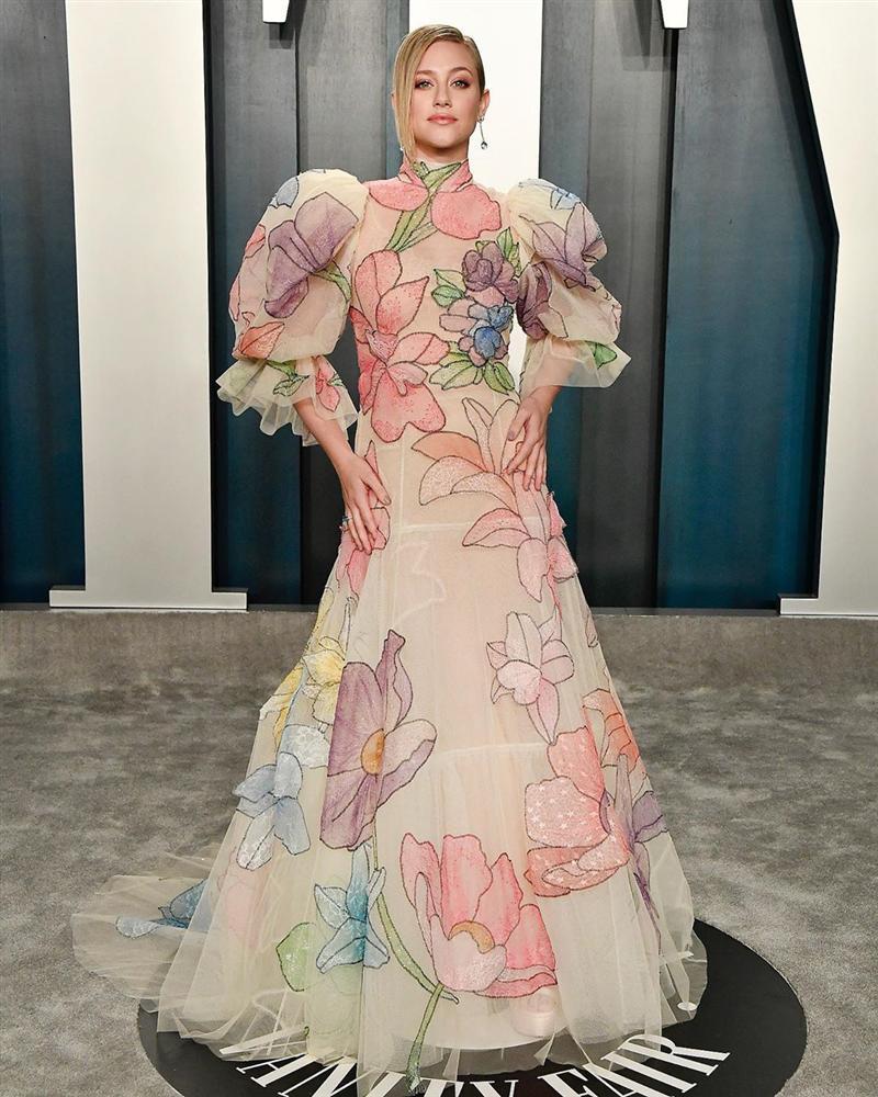 Tiệc hậu Oscar: Các sao lên đồ xuất sắc hơn hẳn sự kiện chính, hot nhất là Kylie Jenner với bộ váy bó đến độ... không ngồi được-17