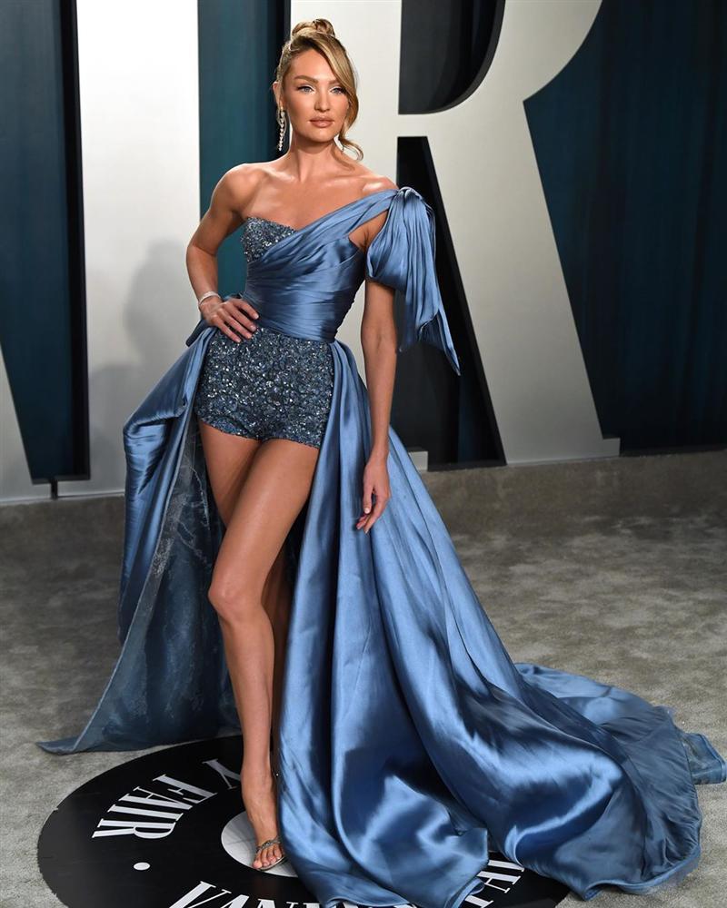 Tiệc hậu Oscar: Các sao lên đồ xuất sắc hơn hẳn sự kiện chính, hot nhất là Kylie Jenner với bộ váy bó đến độ... không ngồi được-4