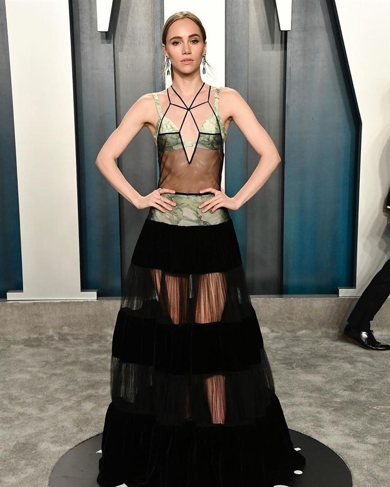 Tiệc hậu Oscar: Các sao lên đồ xuất sắc hơn hẳn sự kiện chính, hot nhất là Kylie Jenner với bộ váy bó đến độ... không ngồi được-9