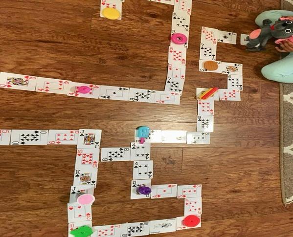 Con nghỉ học ở nhà phòng tránh virus corona, cha mẹ thi nhau chia sẻ các trò chơi cực kỳ thú vị được con hưởng ứng nhiệt tình-5