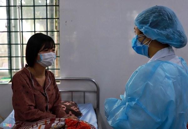 Bé 3 tháng tuổi dương tính với virus corona là ca thứ 15 tại Việt Nam-1