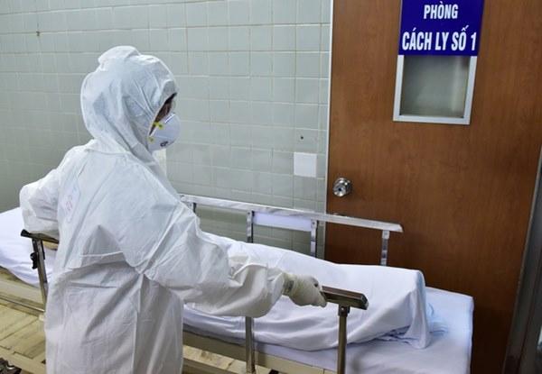 Bé 3 tháng tuổi dương tính với virus corona là ca thứ 15 tại Việt Nam-2
