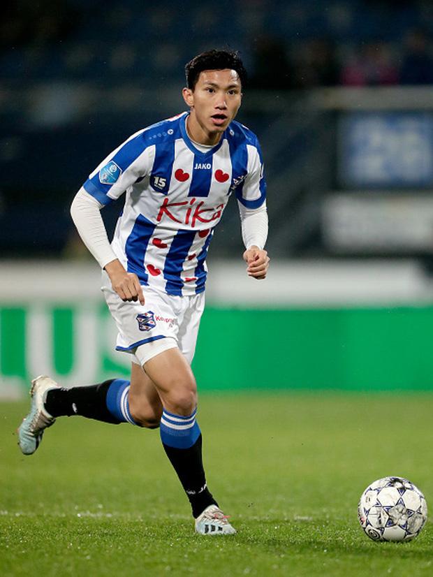 Văn Hậu mang số áo lạ và đá chính giúp đội bóng Hà Lan trả món nợ thua đậm hồi đầu mùa-1