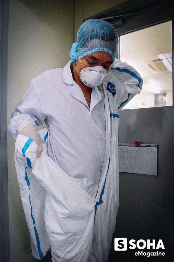 Tin vui đặc biệt từ Việt Nam và bí mật căn phòng đáng sợ nuôi cấy virus Corona-8