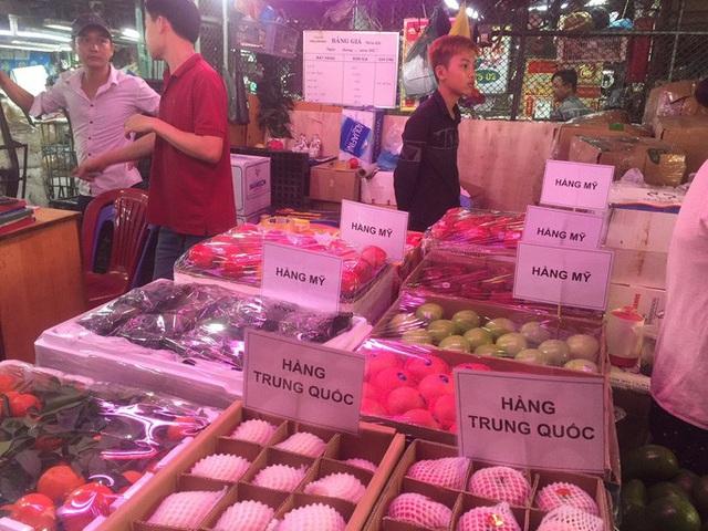 Các cửa khẩu tạm đóng sao rau củ quả Trung Quốc vẫn bán đầy chợ?-2