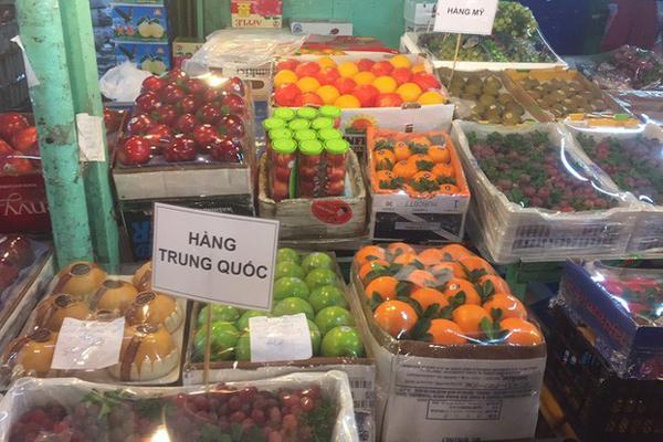 Cửa khẩu tạm đóng sao rau củ quả Trung Quốc vẫn bán đầy chợ?