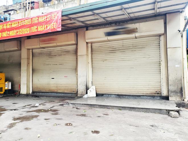 Hàng nhậu nổi tiếng nhất nhì Hà Nội đóng cửa im lìm, bàn ghế phủi bụi vì dịch Corona-4