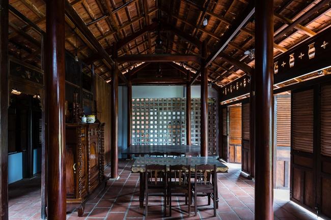 Chán nhà tầng, vợ chồng Việt xây nhà 2.000m2 như nhà địa chủ-15