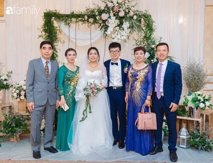 Cô gái Hà Nội lấy chồng Trung Quốc mắc kẹt ở Việt Nam vì Corona: Nóng lòng bố mẹ chồng bên kia cấm túc, đồng nghiệp không dám đi làm, có người qua đêm vật vờ trên cao tốc-4