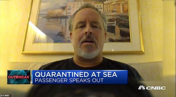 Cuộc sống của những người bị cách ly trên du thuyền hạng sang có 136 người nhiễm virus corona: Hãy tưởng tượng bạn đang bị mắc kẹt trong phòng tắm nhà mình-2