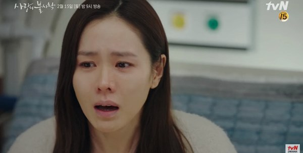 Crash Landing On You tập 15: Son Ye Jin òa khóc vì Hyun Bin bị áp giải về nước, đôi trẻ lại chịu cảnh chia xa-5