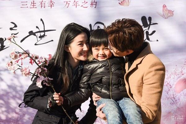 Rộ tin cặp Tam sinh tam thế Lưu Diệc Phi và Dương Dương đã thành vợ chồng hợp pháp, chuẩn bị cưới vào tháng 3-5