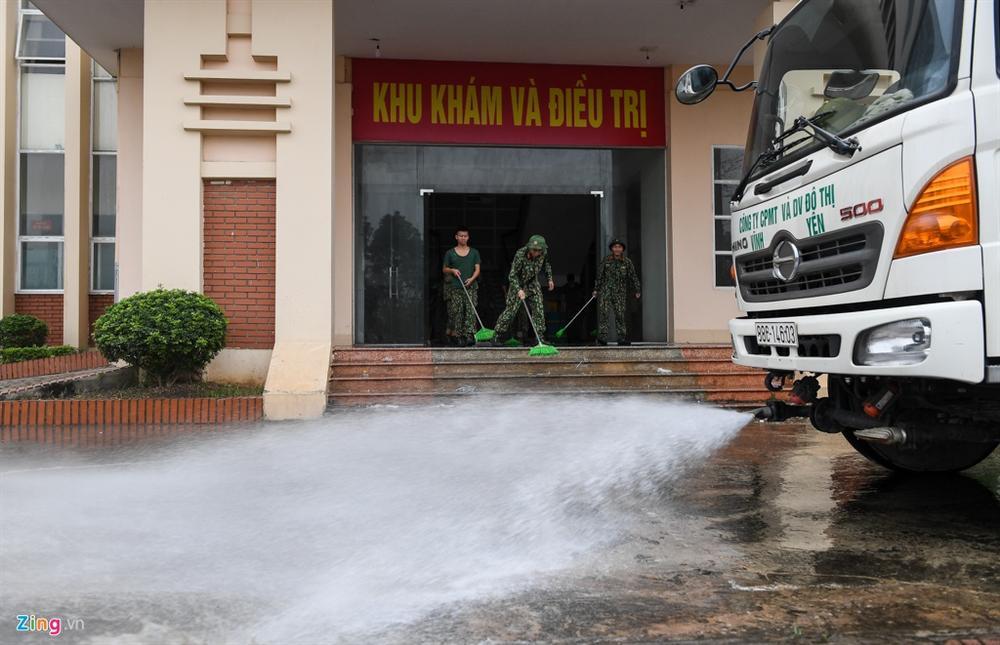 Vĩnh Phúc biến trường nghệ thuật thành bệnh viện dã chiến-6