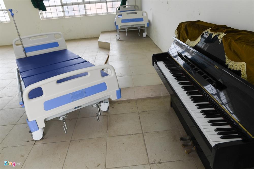 Vĩnh Phúc biến trường nghệ thuật thành bệnh viện dã chiến-9