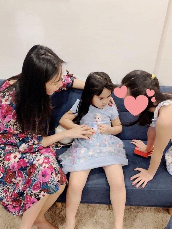Để con gái ở nhà sang Singapore, em gái Công Vinh tậu nhà tiền tỷ sau 3 năm-6