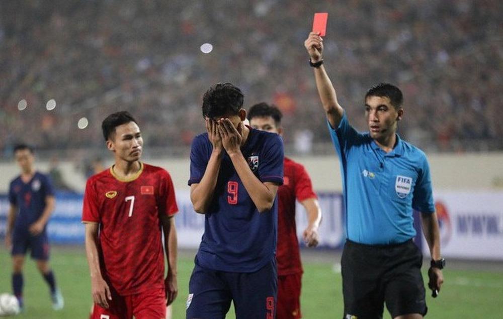 Thầy Park bị phạt, AFC đùa quá lố rồi!-2