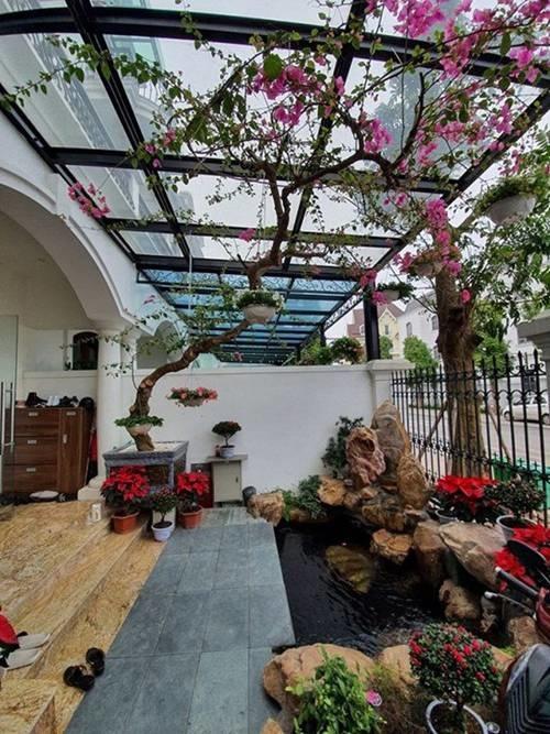 Tuấn Hưng xây dựng vườn nhỏ xinh trong biệt thự tiền tỷ, nhìn là biết đẳng cấp-2