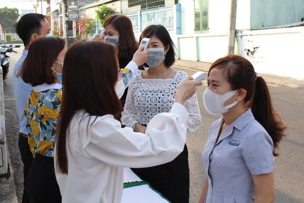 Dược Hậu Giang tăng cường phòng dịch nCoV cho 3.000 lao động-2