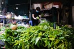 Đi chợ đầu mối, cầm 10.000 đồng đủ rau xanh ăn cả ngày cho gia đình-5