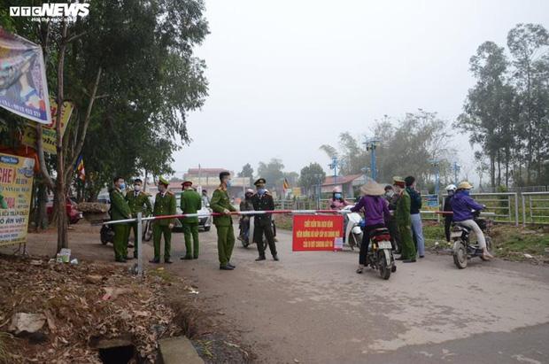 Ảnh: Cận cảnh bên trong tâm dịch tại Vĩnh Phúc, nơi có hơn 10.000 dân bị cách ly hoàn toàn-1