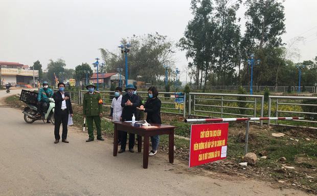 Các điều cấm phục vụ cách ly xã Sơn Lôi hơn 10.000 người dân ở Vĩnh Phúc-1
