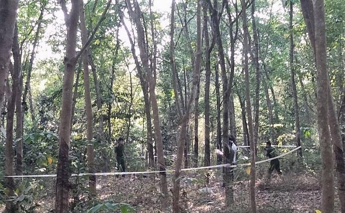 Phát hiện thi thể một người đàn ông trong rừng cao su nghi bị sát hại-1