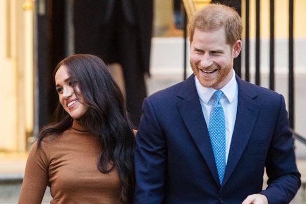 Cú sốc hoàng gia: Vợ chồng Meghan Markle sa thải 15 nhân viên ở Anh, đóng cửa văn phòng tại Cung điện Buckingham-1